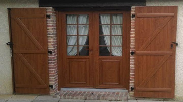 porte d'entrée  à Gisors
